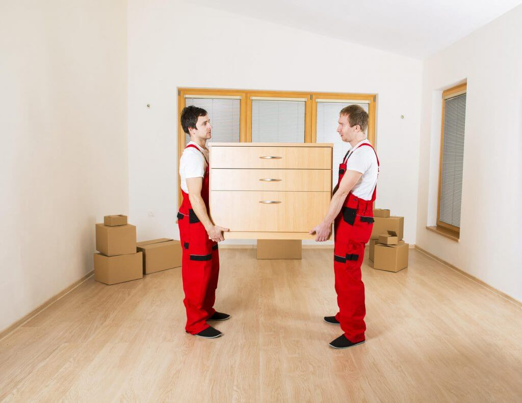 movers-in-new-house